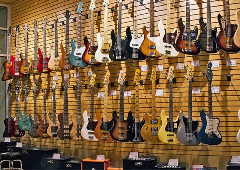 nhung-luu-y-khi-mua-guitar-dien-005
